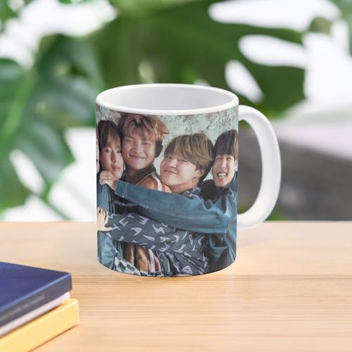 BTS CUTE ASS POSTER Tasse