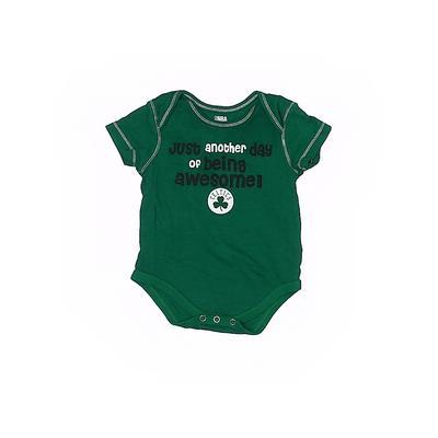 NBA Short Sleeve Onesie: Green Bottoms - Size 3-6 Month