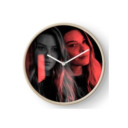 Chloe Decker Uhr