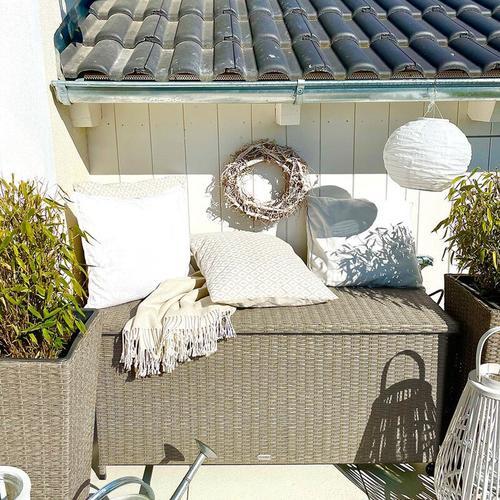 Deuba Auflagenbox 122x56x61 cm Poly Rattan Wasserdicht Rollbar 2 Gasdruckfedern Kissen Garten Box