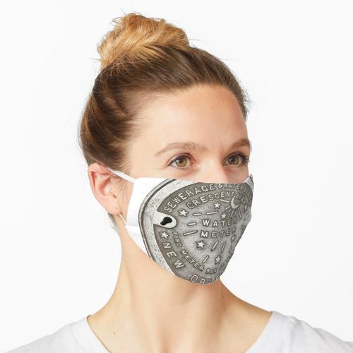 Crescent City Wasserzählerabdeckung Maske