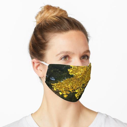 Goldener Ginkgo Maske