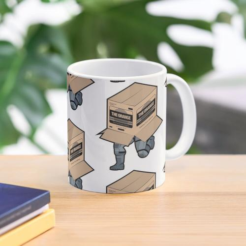 Solid Snake Sneaking in Box - Metal Gear Solid Mug