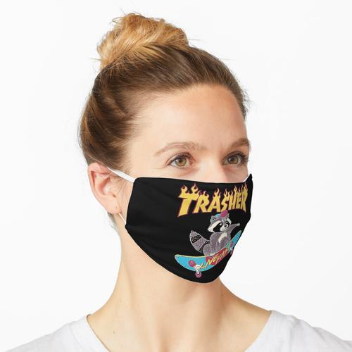 Trasher Skateboard T-Shirt Maske