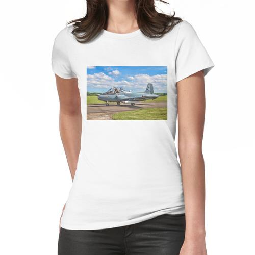 BAC 167 Strikemaster Mk82A 425 G-SOAF Frauen T-Shirt