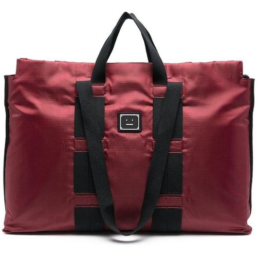 Acne Handtasche mit Patch
