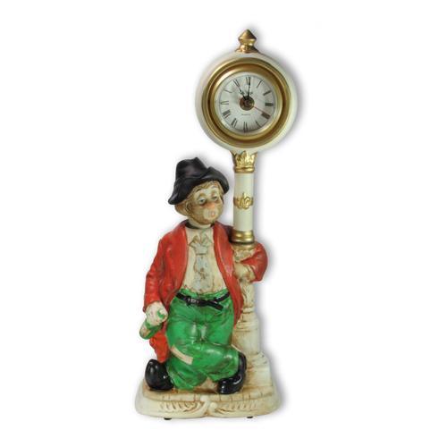 Porzellan-Figur Pennerwilli an der weißen Uhr