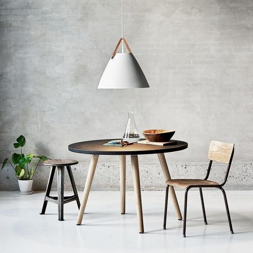 Design For The People - Designer Pendelleuchte Strap 48, E27, weiß, 480 mm, by Bjorn & Balle